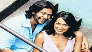 Milind Soman shares bold pic with Madhu Sapre; wonders how people would react if it released today