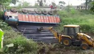 यूपी, बिहार, महाराष्ट्र में एक के बाद एक तीन सड़क हादसे, 16 प्रवासी मजदूरों की मौत