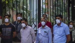 भारत में कोरोना का कहर जारी, 24 घंटों में सामने आए रिकॉर्ड  24,850 नए मामले, 613 लोगों की गई जान