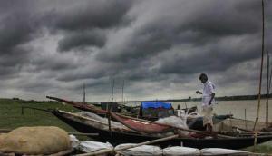 Cyclone Nisarga: आज दोपहर मुंबई तट से टकराएगा निसर्ग तूफान, मचा सकता है भारी तबाही