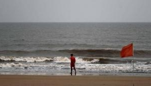 Cyclone Nisarga wall cloud passes through Maharashtra's Raigad, landfall to commence in one hour: IMD