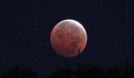 Lunar Eclipse 2020: चंद्र ग्रहण के बुरे प्रभाव से बचने के लिए करें ये काम, नहीं होगी कोई हानि