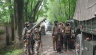 जम्मू-कश्मीर के शोपियां में सुरक्षाबलों और आतंकियों के बीच मुठभेड़, दो से तीन आतंकी घिरे