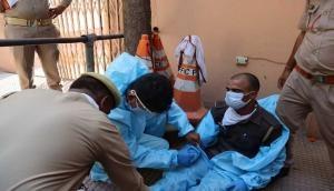 महाराष्ट्र: पुलिसकर्मियों पर कहर बनकर टूटा कोरोना वायरस, 4861 संक्रमित, 59 लोगों ने गंवाई जान