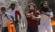 दिल्ली दंगों पर पुलिस की चार्जशीट में क्या हैं पिस्तौल तानने वाले शाहरुख पठान पर आरोप