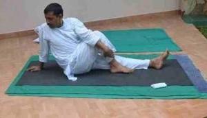 International Yoga Day: Arvind Kejriwal performs Yoga