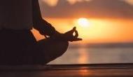 International Yoga Day 2020: कोरोना वायरस से बचाने में कारगर है ये योगासन