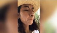 Ouch! Honey bee stings woman's top lip; what happens next will frighten you
