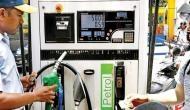 पेट्रोल-डीजल के दामों में बंपर कटौती, जानिए अब कितने हुए आपके शहर में तेल के रेट