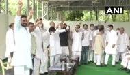 Rajasthan: CM अशोक गहलोत ने किया शक्ति प्रदर्शन, विधायकों को जुटाकर किया सरकार बचाने का दावा