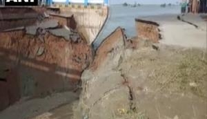बिहार: CM नीतीश कुमार ने किया था उद्घाटन, एक महीने में ढहा पुल ढहा, तेजस्वी यादव बोले- खबरदार..