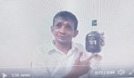 Video: रम की बोतल दिखाकर कांग्रेस नेता बोले- अंडे और दारू से ठीक हो जाएगा कोरोना वायरस