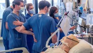 कोरोना वायरस पर बड़ी खुशखबरी, ऑक्सफोर्ड की वैक्सीन ने बंदरों पर किया कमाल