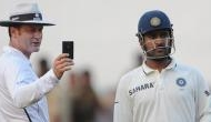 MS Dhoni stuns umpire Simon Taufel with witty remark in Cape Town during Test match