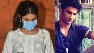 SSR death case: MSHRC notice to Mumbai Police for allowing Rhea Chakraborty to enter morgue