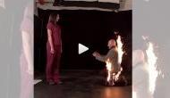 गजब: गर्लफ्रेंड को प्रपोज करने के लिए शरीर में लगा ली आग, देखने वालों के खड़े हो गए रोंगटे