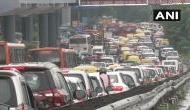 Traffic jam in delhi: बारिश के बाद दिल्ली में भारी ट्रैफिक जाम, 25 अगस्त तक लगातार बारिश की चेतावनी