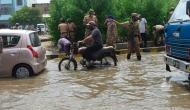 हैदराबाद में बारिश से हाहाकार, अब तक 50 लोगों की मौत, अगले 6 दिनोें तक जारी रहेगी आसमानी आफत