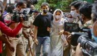 रिया चक्रवर्ती ने मीडिया के खिलाफ दर्ज कराई शिकायत, पुलिस स्टेशन पहुंच कर लगाए ये आरोप