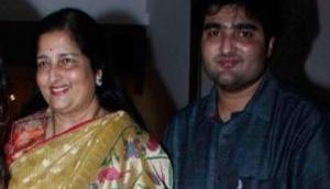 जानी-मानी गायिका अनुराधा पौडवाल के बेटे आदित्य का 35 साल की उम्र में निधन