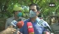 Hathras Gangrape: पीड़िता के गांव में मीडिया को मिली एंट्री, परिवार की मांग- SC की निगरानी में हो जांच