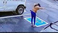 Video: नौकरी मिलने की खुशी में ऑफिस से बाहर निकलकर लड़की करने लगी अजीबो-गरीब डांस