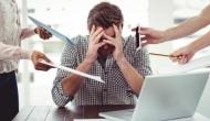 सावधान: Work from Home के दौरान तेजी से फैल रही ये गंभीर बीमारी, बिल्कुल न करें इग्नोर