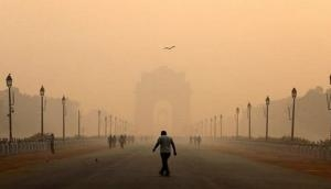 Air Pollution: Delhi's air quality continues to remain under 'poor' category