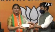 खुशबू सुंदर: पहली ऐक्ट्रेस जिनके नाम पर बना मंदिर, कांग्रेस पार्टी का दामन छोड़ BJP का थामा हाथ