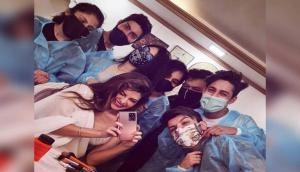 Jacqueline Fernandez resumes work, posts happy mirror selfie from sets