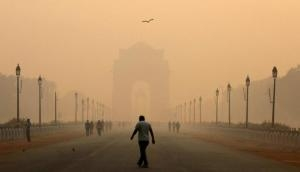 Parts of Delhi engulfs with heavy fog; air quality remains 'very poor'