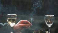सावधान: शराब पीने के बाद गलती से भी पी ली ये चीज, गले पड़ जाएगी बहुत बड़ी मुसीबत