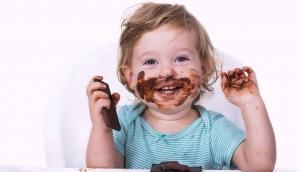 सावधान: छोटे बच्चों के लिए बहुत खतरनाक है चॉकलेट, तुरंत नहीं संभले तो हो जाएगी दिल की बीमारी