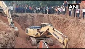 MP: Rescue operation underway for toddler stuck inside borewell in Niwari