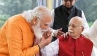 लालकृष्ण आडवाणी को जन्मदिन की बधाई देने उनके घर पहुंचे PM मोदी, बताया- देशवासियों का प्रेरणास्रोत