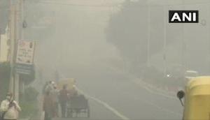 Delhi Pollution: राजधानी दिल्ली में कोरोना के बाद प्रदूषण का कहर, खतरनाक स्तर पर पहुंचा AQI