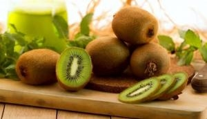 कीवी है दुनिया का सबसे ताकतवर फल, कई बीमारियों का है काल, खाने से आती है गजब की ताकत
