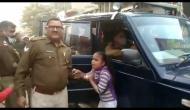 CM योगी की दरियादिली, पटाखा विक्रेता को रिहा करवाकर बीमार बेटी के लिए भेजा उपहार