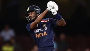 IND vs AUS: हार्दिक पांड्या ने रचा इतिहास, वनडे में ये कारनामा करने वाले पहले भारतीय बल्लेबाज
