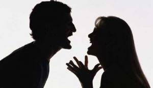 Wife scolds husband for consuming liquor; know what he does next