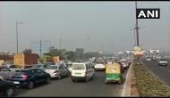 Delhi: Huge traffic congestion on DND as Chilla border remains closed