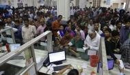 'सबके खाते में मोदी सरकार डाल रही 15-15 लाख रुपये' ..सुनकर बैंकों के बाहर लगी थी लंबी लाइनें