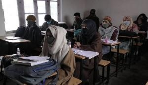J-K: Army provides free tuition classes for poor students in Baramulla