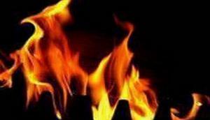 Mumbai: Three people injured in fire at shop