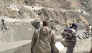 जम्मू-कश्मीर: शोपियां में सेना ने लश्कर-ए-तैयबा के टॉप कमांडर सहित 2 आतंकियों को मार गिराया