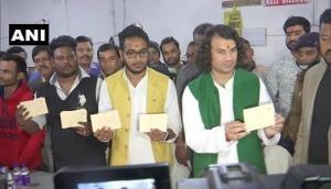 Bihar: Tej Pratap Yadav sends 50,000 'Azadi Patra' to President for Lalu's release