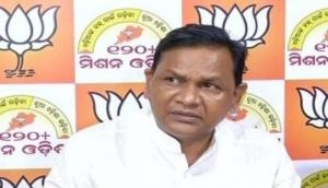 Odisha Opposition leader urges to CM to look into alleged harassment of relatives of patient by Hospital