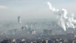 नई दिल्ली लगातार तीसरे साल दुनिया की सबसे प्रदूषित राजधानी बनी, IQAir की रिपोर्ट का दावा