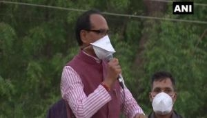 Shivraj Singh Chouhan holds roadshow to raise awareness over COVID-19 appropriate behaviour in Bhopal