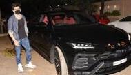 कार्तिक आर्यन ने खरीदी लग्जरी कार, वायरल हो रही तस्वीर